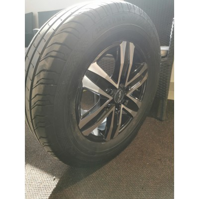 Mak stone ice black +235/65r16 Continental